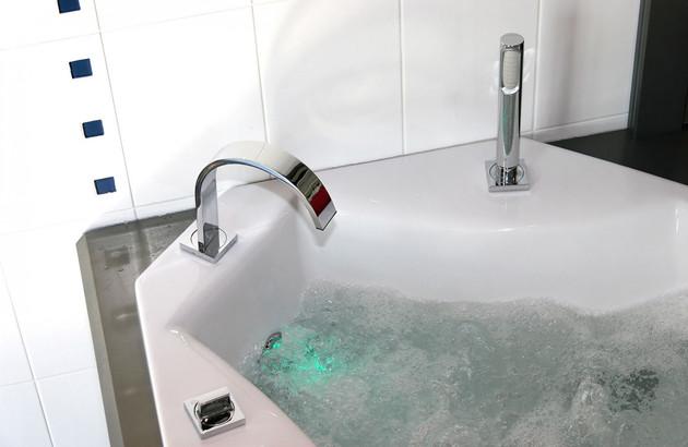 La technologie dans les baignoires balnéo