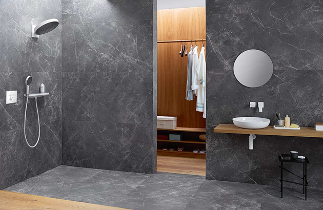 Robinetterie blanche Rainfinity d'Hansgrohe