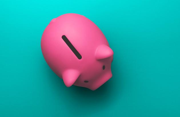 Tirelire cochon pour le budget