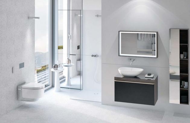 WC suspendu nettoyant Aquaclean Maïra Confort de Geberit