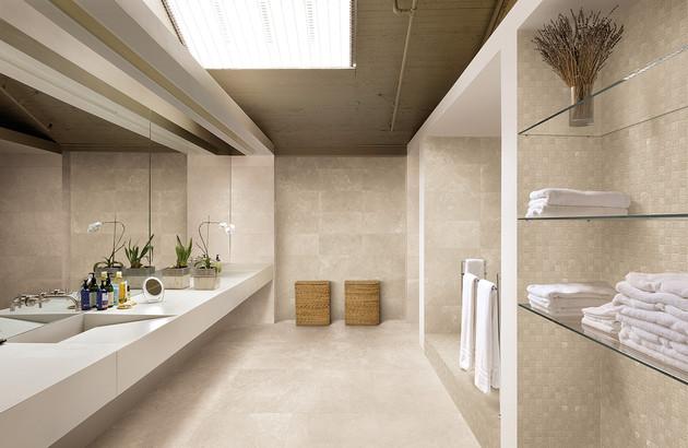 Carreaux Emil Ceramica Milestone dans une salle de bains