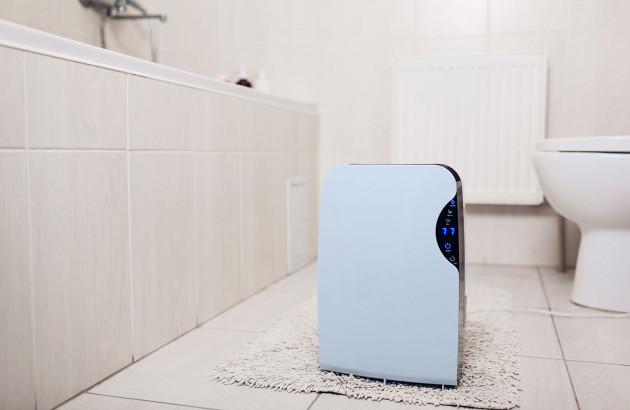 Déshumidificateur dans une salle de bain