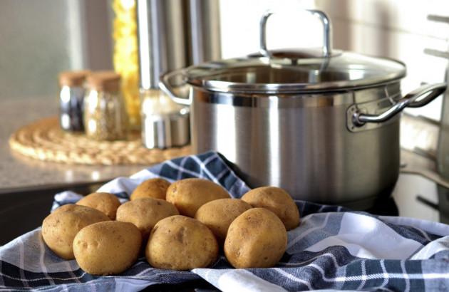 Eau de cuisson des pommes de terre