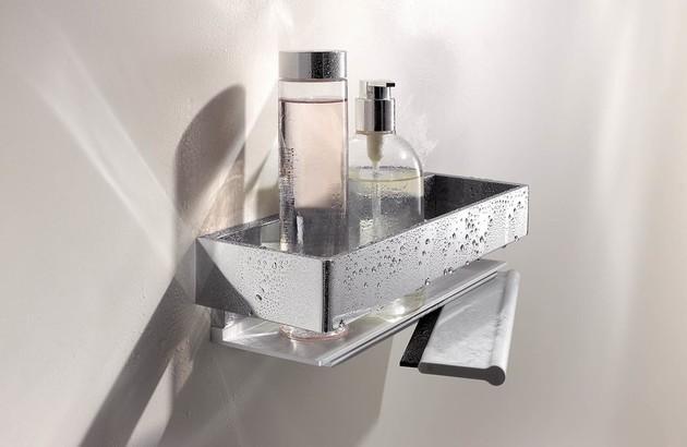 Les accessoires de rangement pour maximiser l'espace dans une salle de bains