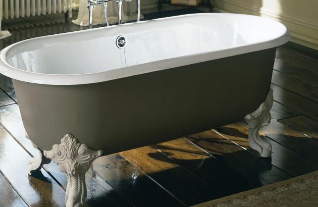 Baignoire ilot Cleo style rétro pour une salle de bains chic et élégante