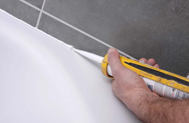 Assurer une bonne étanchéité de votre sanitaire avec des joints en silicone