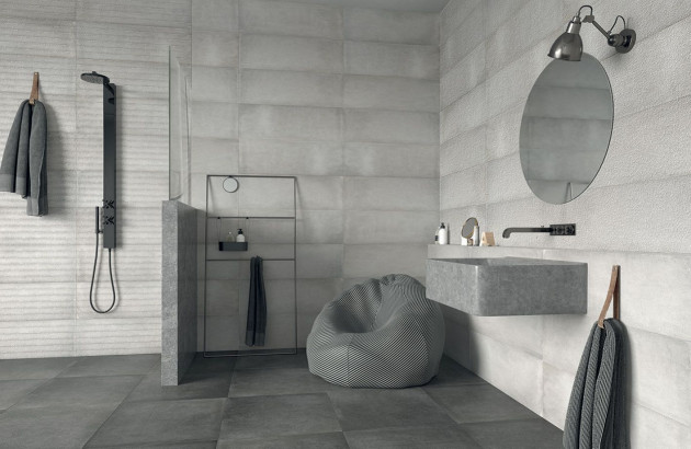 Douche avec carrelage effet béton