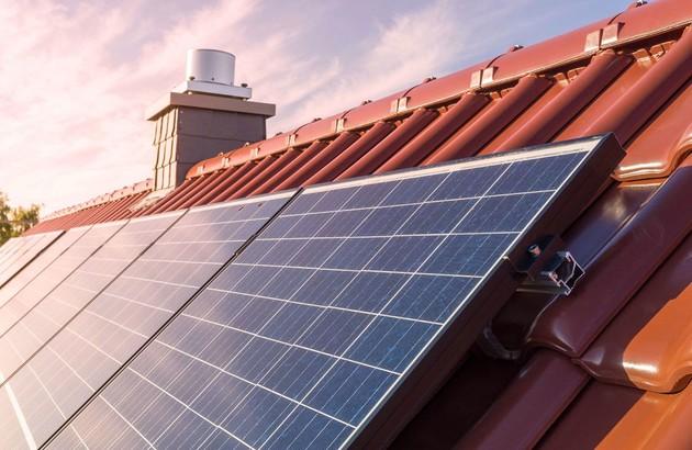 Chauffage solaire installé sur le toit