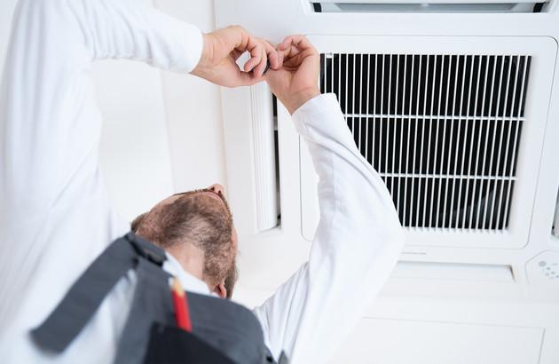 climatisateur-plafonnier-installation