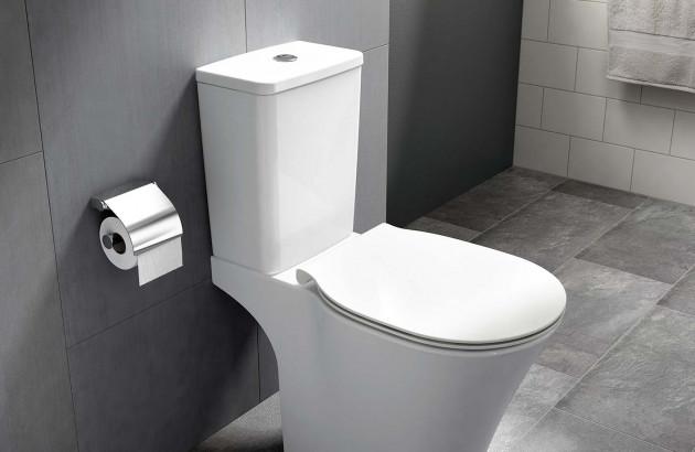 Pack wc sur pied avec réservoir Amazi de la marque Ideal Standard et son système de double chasse
