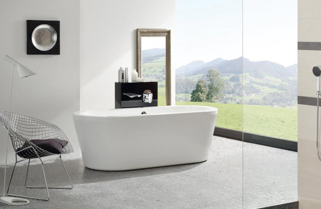 Baignoire Jacuzzi Jadis dans salle de bains moderne
