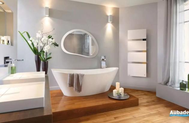 Salle de bains connectée avec sèche-serviettes Symphonik