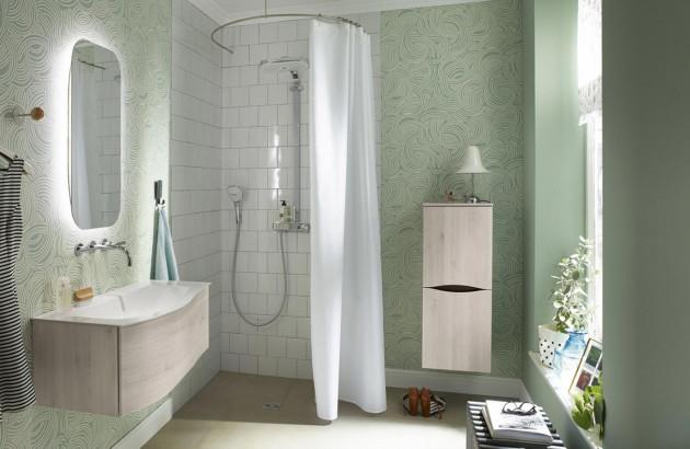 Petite salle de bains Sinea Burgbad bien rénovée
