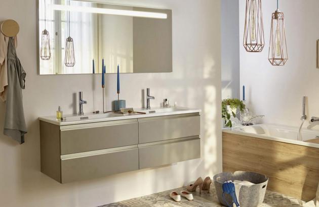 Salle de bains entièrement rénovée grâce aux aides et subventions de rénovation