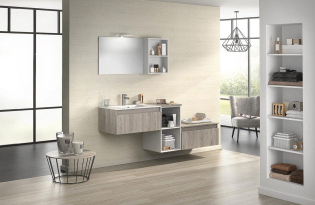 Salle de bain design et moderne avec nombreux rangements