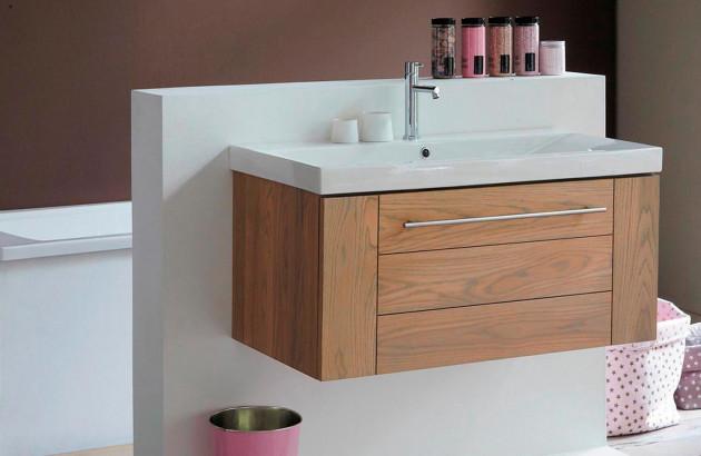 Salle de bain en chêne & frêne : atouts et inconvénients ...