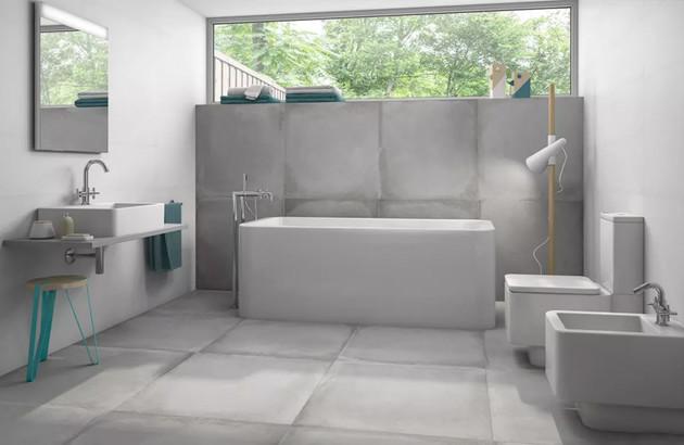 Salle de bains gris avec du carrelage Derby Roca