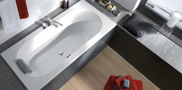 Le réconfort de la baignoire ovale