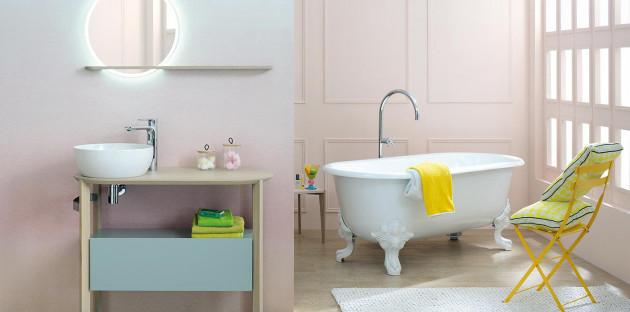 Salle de bains aux couleurs pastels