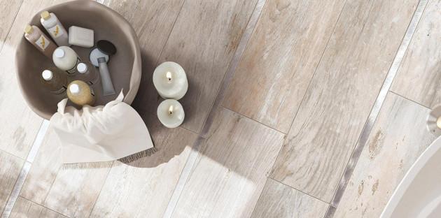 Salle de bains scandinave ou rustique: 2 façons d'intégrer le bois