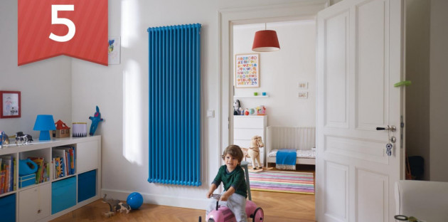 Radiateur vertical bleu