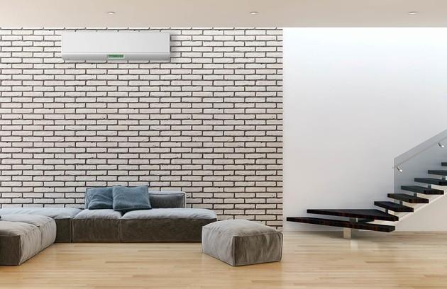 pièce à vivre avec climatisation monobloc murale