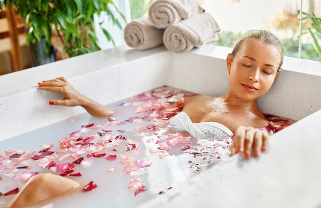 Qu'est-ce que l'aromathérapie? L'application en balnéothérapie