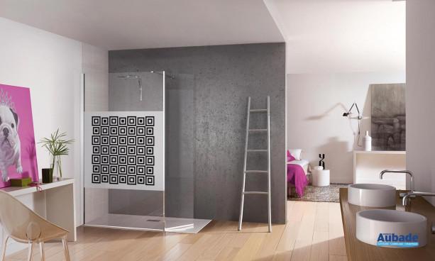 paroi de douche avec verre de sécurité 6 mm transparent ou sérigraphié Kinedo Kinespace ouvert