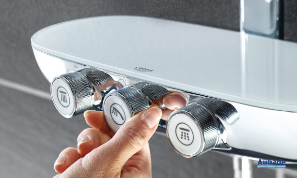 Mitigeur thermostatique avec boutons poussoirs SmartControl de Grohe