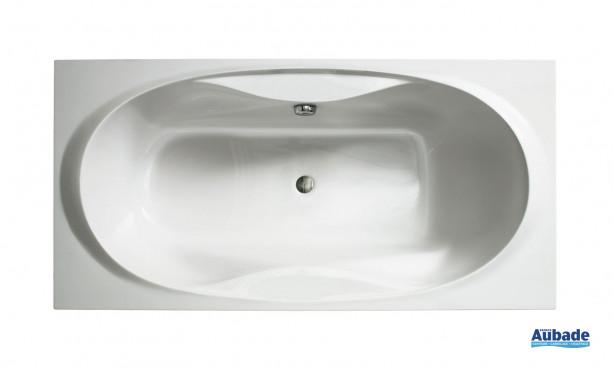 La baignoire Arpège de Allia avec ses formes ergonomiques ravivera votre salle de bain