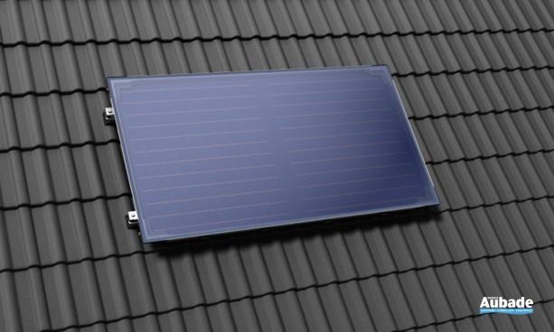 Le capteur Solar 5000 TF qui brille par sa robustesse et ses performances avec un absorbeur sélectif à base de chrome noir particulièrement résistant à la corrosion.