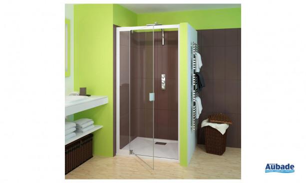 paroi de douche Smart de Kinedo avec accès d'angle carré et 2 volets coulissants