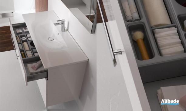 meuble 3 tiroirs pieds chromés et plan céramique Essento de Burgbad