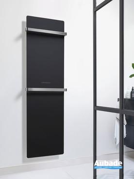 Radiateur sèche-serviettes Claris électrique façade en verre coloris Noir brillant avec 2 barres porte-serviettes par Acova