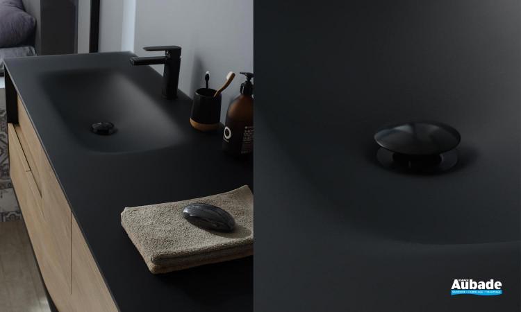 Meuble My Lodge - détail de la table en verre noir givré