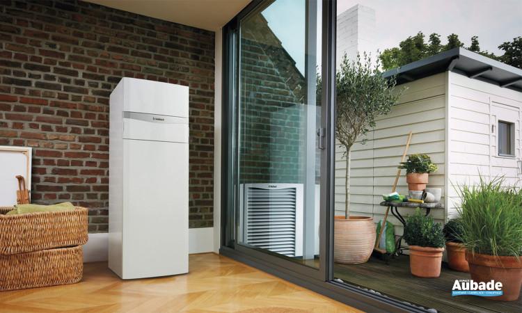 Pompe à chaleur air/eau monobloc avec colonne double service Vaillant