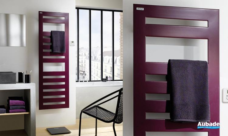 s che serviettes eau chaude karena spa de acova espace. Black Bedroom Furniture Sets. Home Design Ideas