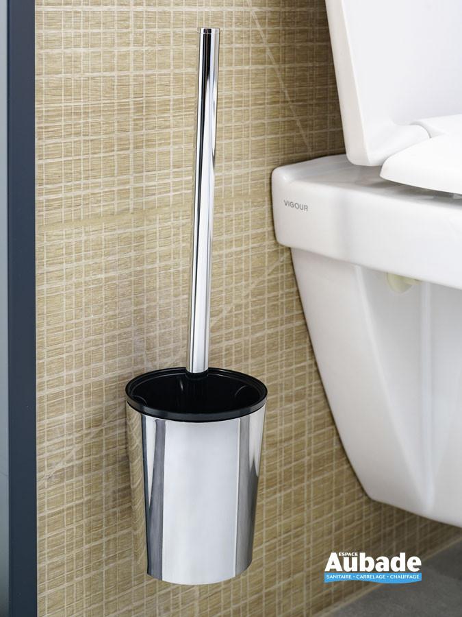 Porte-balai wc avec balai Clivia en finition chromé à fixer au mur de la marque Vigour