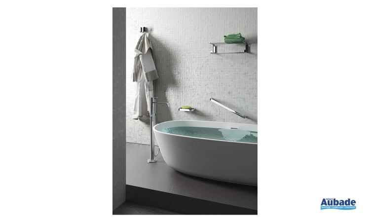 accessoires chromés idéal pour une salle de bain tendance