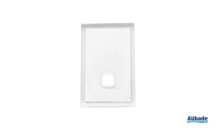 accessoires tendances pour salle de bains en coloris blanc