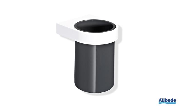 gobelet pour salle de bains adaptée PMR disponible en plusieurs coloris Hewi