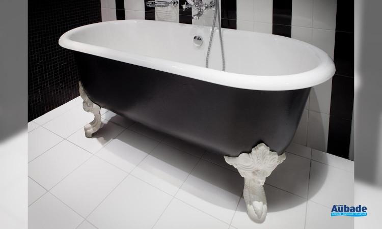 La baignoire Cléo pour une salle de bains au style rétro 01