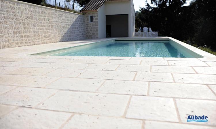 Carrelage sol extérieur en pierre naturelle reconstituée Abbaye de Pierra