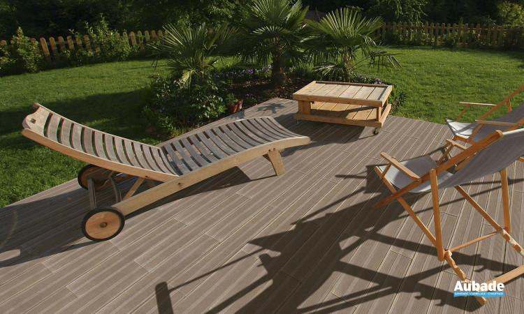 Carrelage pour sol extérieur avec lames de bois de Pierra