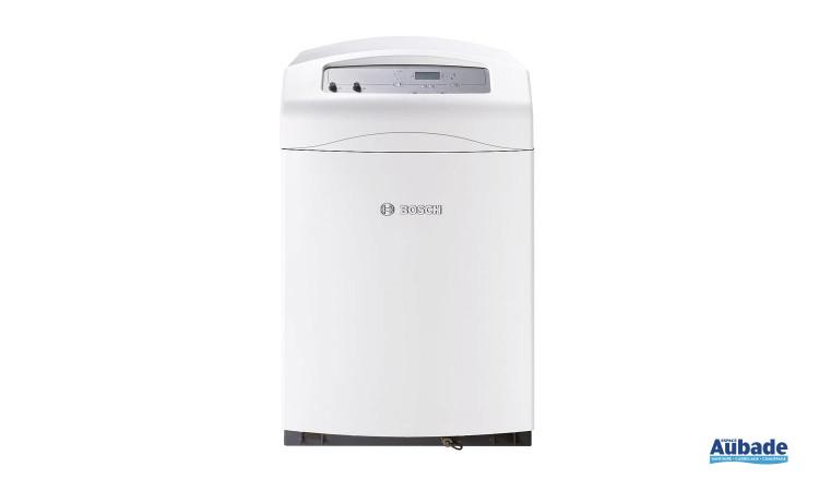 Chaudière au sol fioul à condensation compactes et performantes Olio Condens 4000 F Bas NOx de Bosch