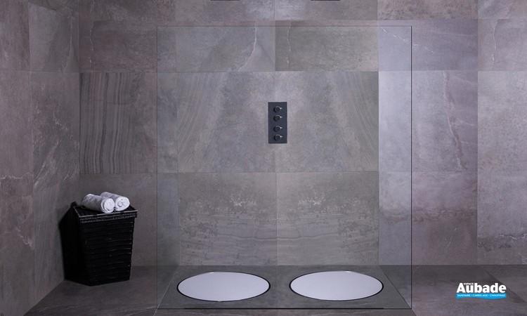 Bonde ronde et design Dot de ESS pour la douche à l'italienne 01