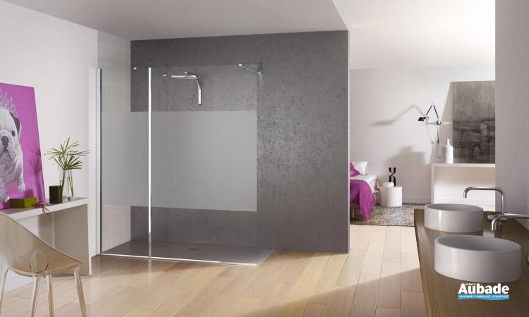 paroi de douche en verre design avec différents motifs Kinedo Kinespace ouvert