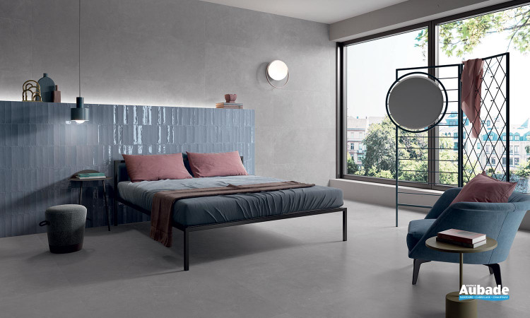 Collection Totalook par Emil Ceramica en coloris Grigio et décors Blu Avio Majolica Matt et Lux