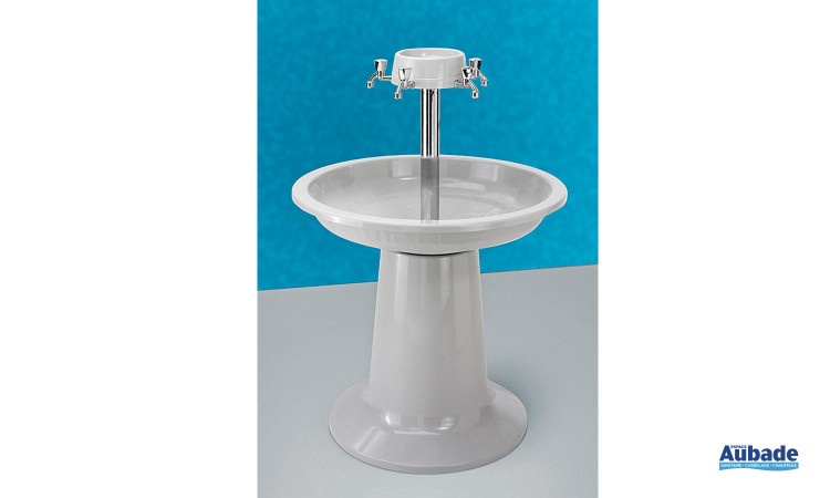 Lavabos fontaines Romysana en fibres de verre de Romay