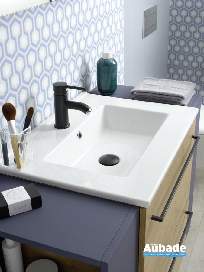 Plan vasque de synthèse ou en céramique de la gamme Impact 2 par Sanijura